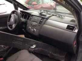 Nissan Tiida 1,6 16V - pouze dily a TP