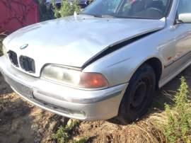 BMW Řada 5 525i 1998 - pouze díly