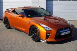 Nissan GT-R 3.8 V6-BLACK-EDITION-419kW-TOP