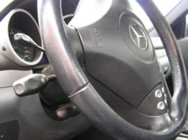 Mercedes-Benz SLK 200 Kompressor-MANUÁL