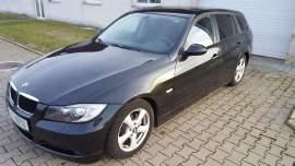 BMW Řada 3 320d 120KW polokůže