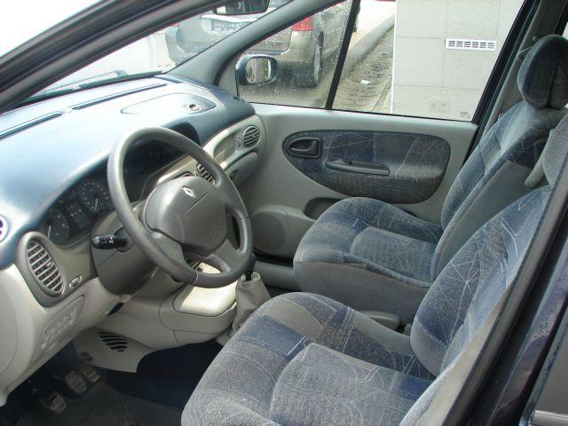 Renault Scénic 1,6i 16V