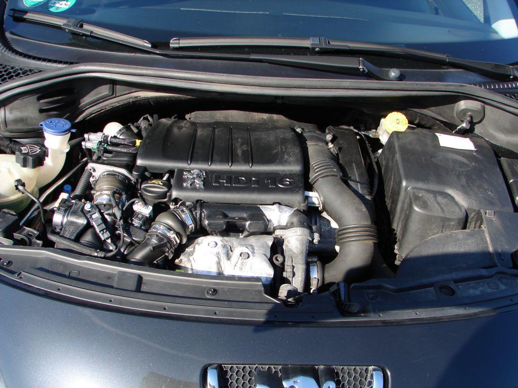 Peugeot 207 1.6 HDi GT