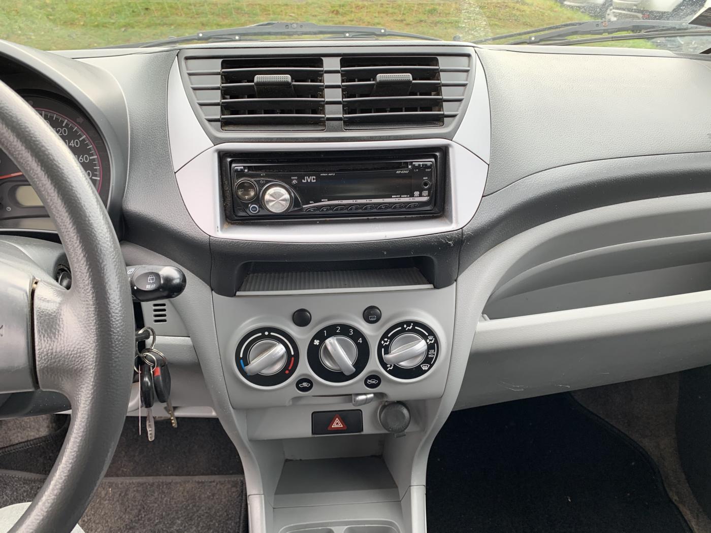 Nissan Pixo 1,0i