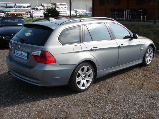 BMW Řada 3 325 xi SERVISKA SUPER STAV