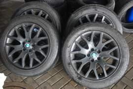 BMW X5 original alu+pneu 19
