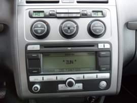 Volkswagen Touran 2,0 TDi UNITED, NAVI