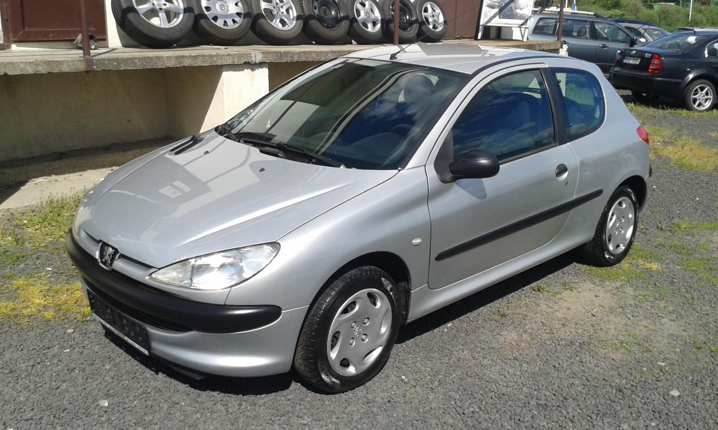 Peugeot 206 2.0HDI - cena: 26000 Kč