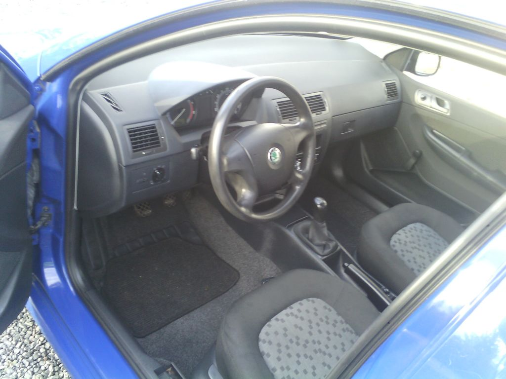 Škoda Fabia 1.2 HTP klima - cena: 49000 Kč