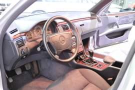 Mercedes-Benz Třída E Třídy E 200 kompressor Elegance