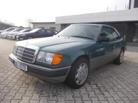 Mercedes-Benz Třídy E 300 CE