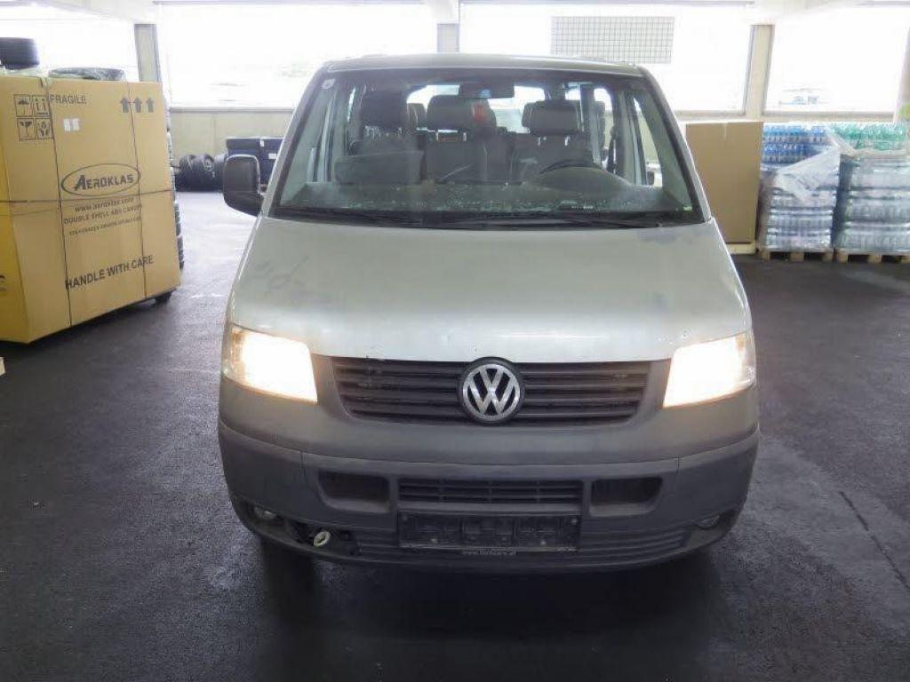 Volkswagen Transporter Lang 1,9TDI 9míst