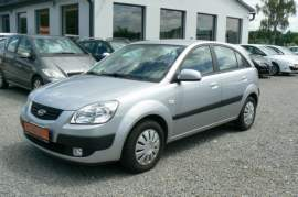 BMW Řada 3 318d Touring