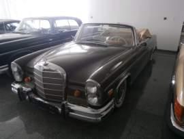 Mercedes-Benz  300SE CABRIO