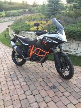 KTM 1190 Adventure R Karel Abraham