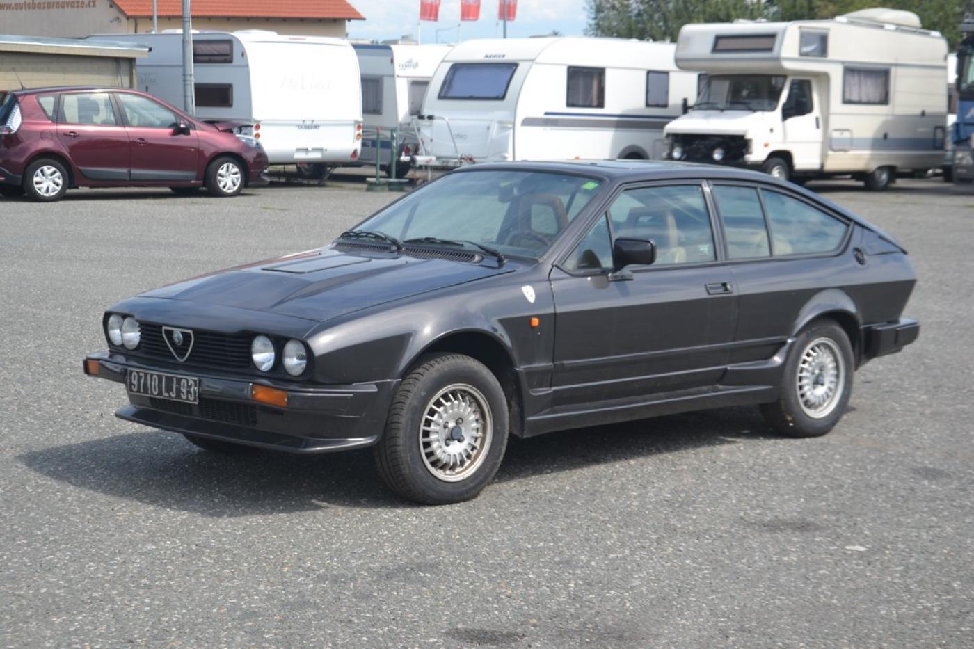 Alfa Romeo GTV 2,0