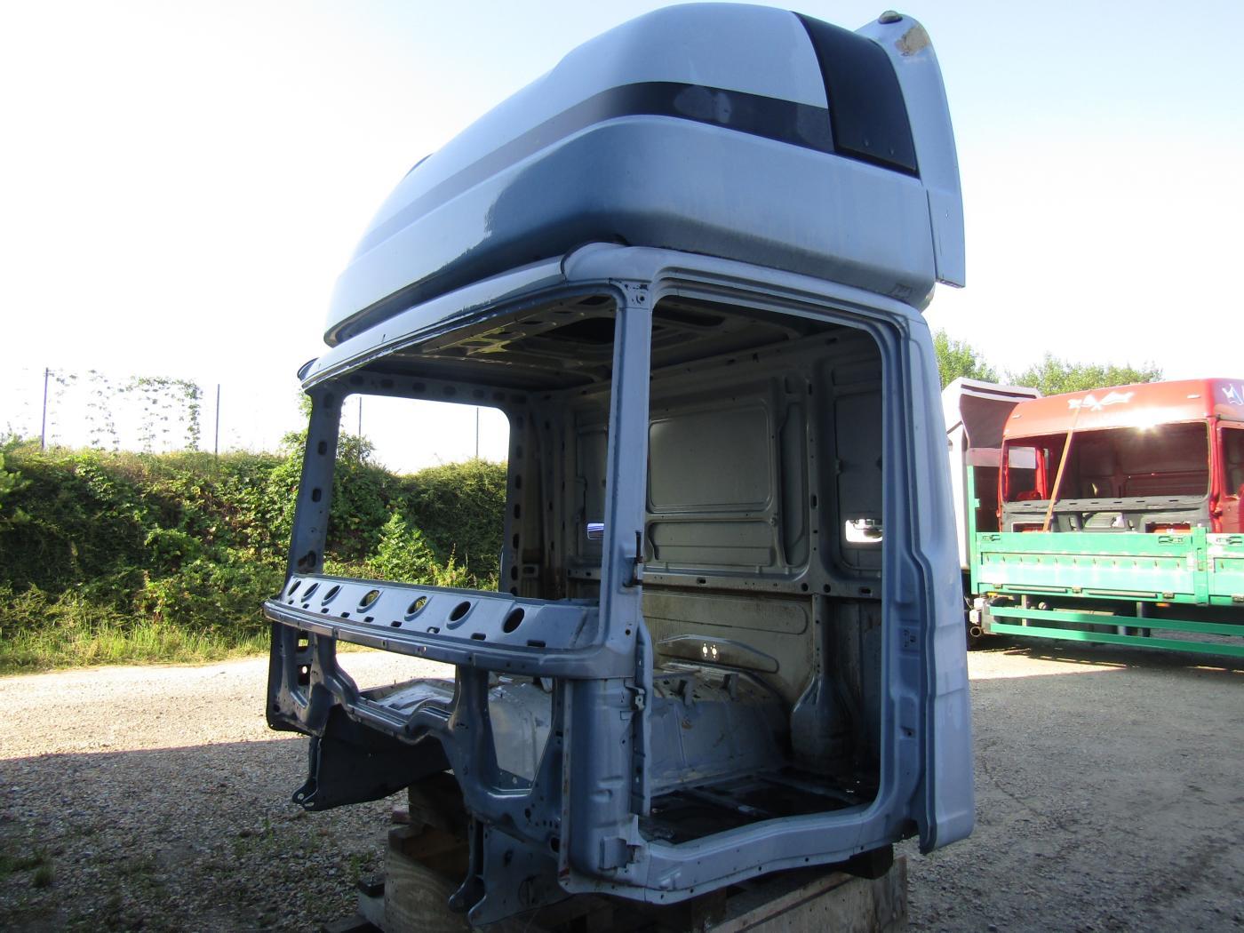 Scania  R114, kabina R114, kabina